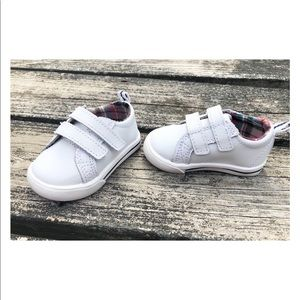 NWOT Healthtex baby shoes